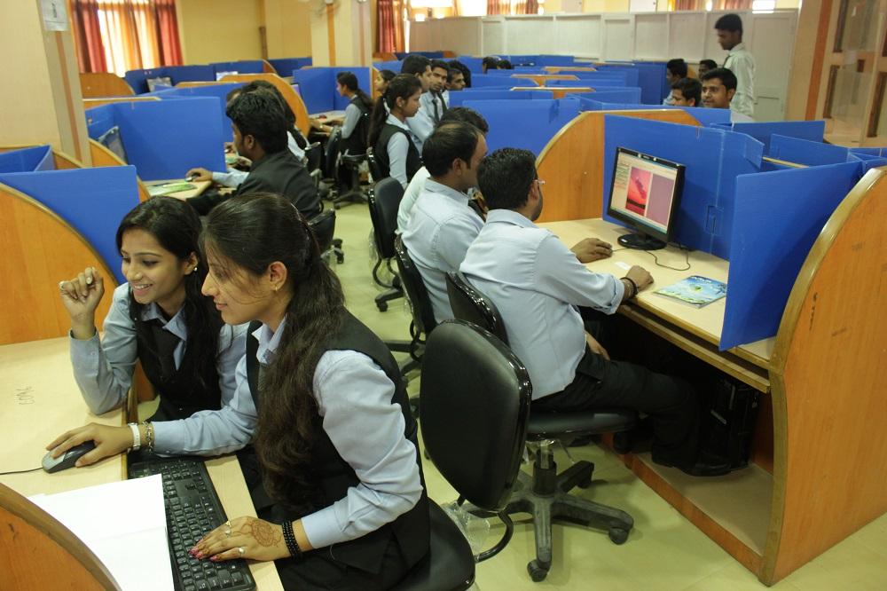 Mega Computer Lab